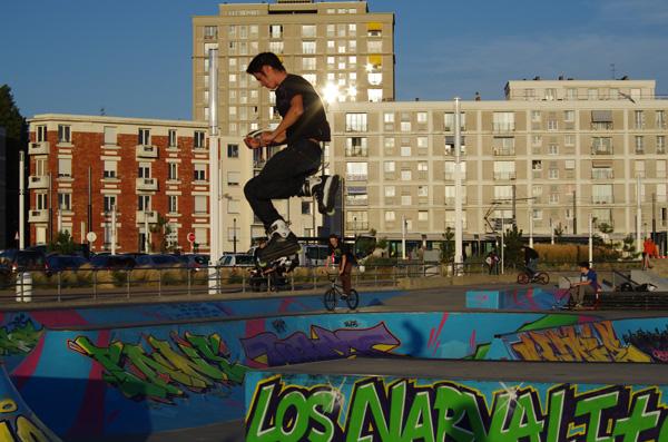 Saut en patins - Le Havre - Véloroute de la côte d'albâtre