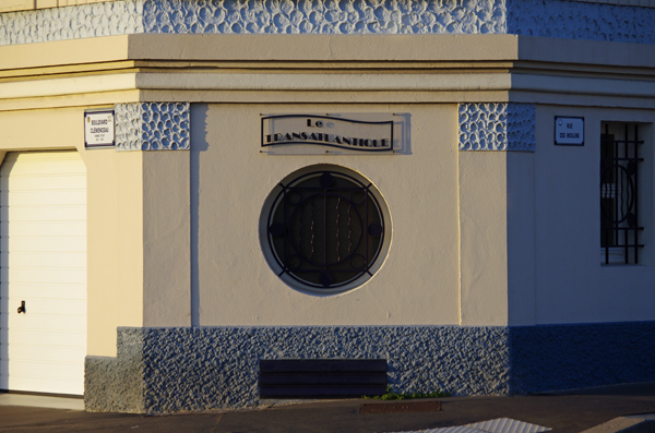 Immeuble (détail) - Le Havre - Véloroute de la côte d'albâtre