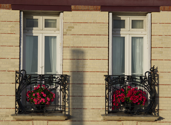 Immeuble (détail balcon) - Le Havre - Véloroute de la côte d'albâtre