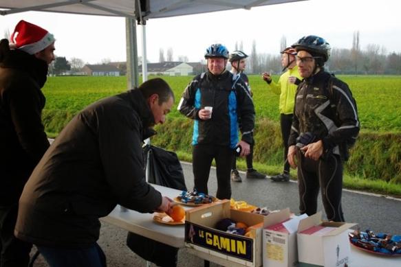 Ravitailement -  Ronde de Noël Roncq 2013