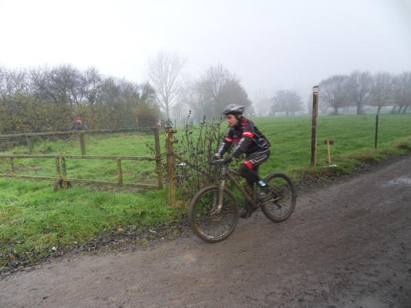 Cycliste VTT - Raid VTT Saint SaulveA