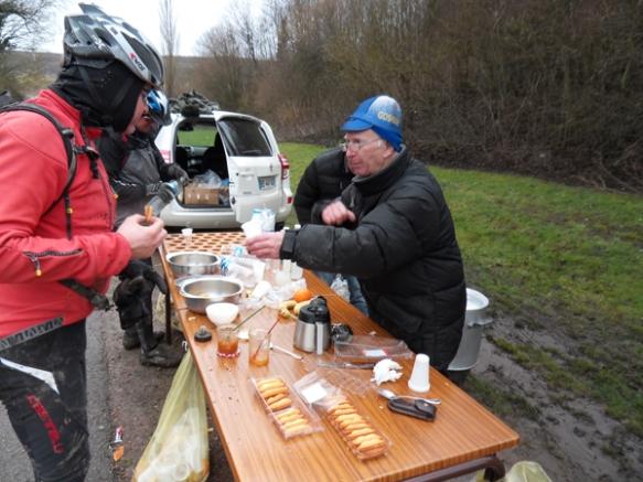 Ravitaillement  VTT - Randonnée du bois des dames Gosnay 2014