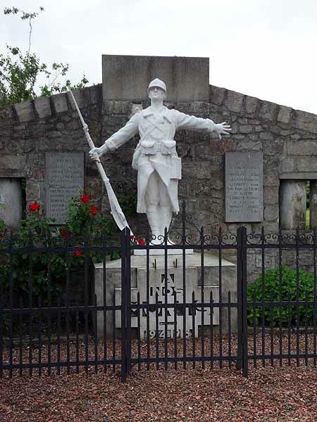 Monument aux morts - Le dormeur du Val