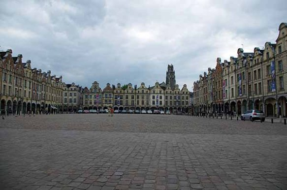 Arras Grand Place - Le dormeur du val