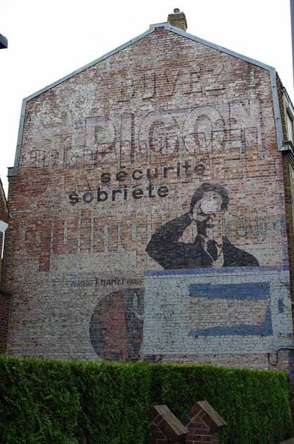 Mur peint - Arras Grand Place - Le dormeur du val
