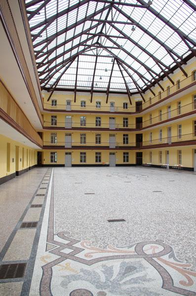 Palais social Familistère de Guise