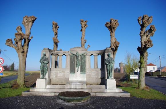 Retrouvailles 2015 - monument aux morts