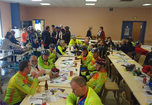 Des Weppes à l'Artois - Rafindhem 2015 Arrivée